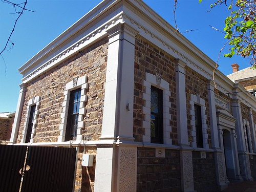 Port Augusta. The fine old stone Institute building erected in 1876. It closed as an institue in 1971.