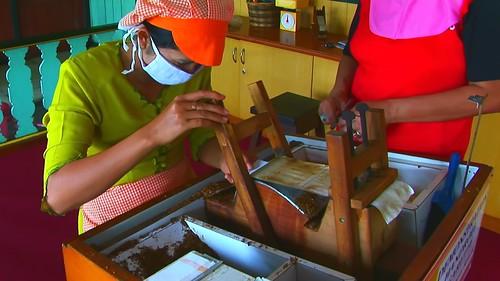 Indonesia - Java - Yogyakarta - Cigarette Manufacturing - 43