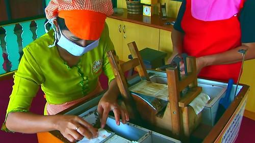 Indonesia - Java - Yogyakarta - Cigarette Manufacturing - 42