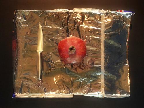Experiment with a Pomegranate 2) Experimental Design, set-up, test assembly / Granatapfel Experiment, Versuch, Beweis 2. Versuchsanordnung - Weaving Project Pomegranate in a Mirror Granatapfel im Spiegel weben