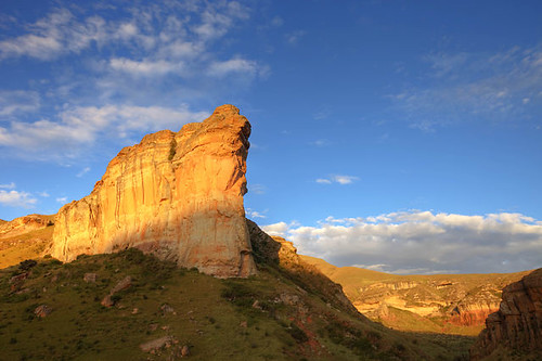 Drakensberg Time Lapse, South Africa. on Vimeo by Martin Harvey