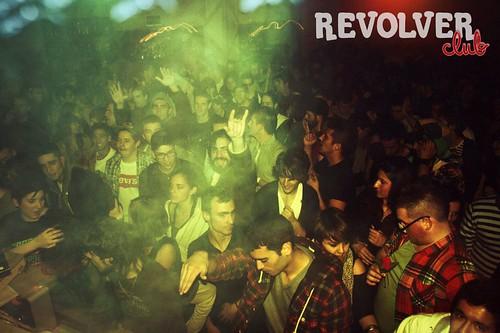 REVOLVER Club #1 : La Musique D'Ordinateur / Diamond Eyes / Dj Suit