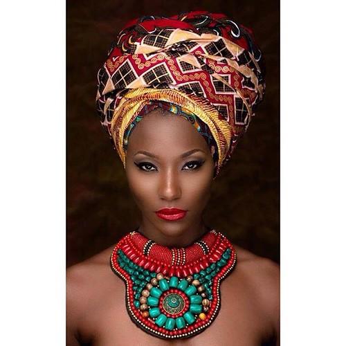 @fotor_apps #Fotor #fotorapp Ba yaya balela ya Madooo!!! Eeee ya Madooohh!!! Eee Ya Mado tala pointrine !! Eeee ya Mado nioso oyo ya yo?? Ya Mado femme africaine... Eee Yaya Mado tala cuisse!! @nellyzinha_stacylove