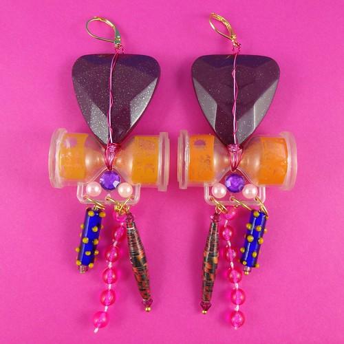 Wacky Sandtimer Earrings