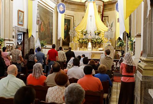 Misa Clausura Summorum Pontificum con Cardenal Sandoval 7 Jul 2013