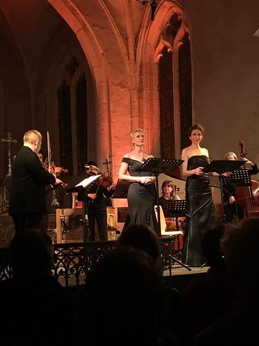 Fin du concert de l'ensemble Les Accents sous la direction de Thibault Noally Les solistes étaient Delphine Galou et Blandine Staskiewicz