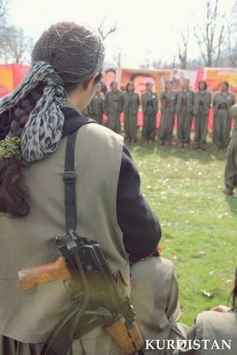 Kurdish-New-Year-Nawroz-2013-Guerilla-Peshmerga