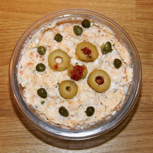 #pyszna #pasta łososiowo-jajeczna autorstwa @zosiakaczmarek :) #Idealne #zdrowe #śniadanie :) #losos #jajko #jajo #oliwki #kapary #sniadanie #breakfast  #goodstart #healthy  #wroclawskiejedzenie #wroclove  #wroclaw