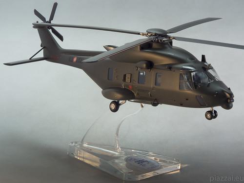 NH90 scale 1.50 - ESERCITO ITALIANO-1