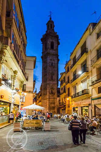 Valencia 2014 (10) 100 - Night time streetlife