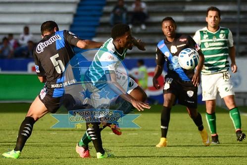 MVF_6140 [Nota de Opinión] Orgullo Deportivo!! J17 Puebla FC vs Santos Laguna Fotografía Lyz Vega / Mara González / Manuel Vela para Mv Fotografía Profesional / Edición y retoque www.pueblaexpres.com