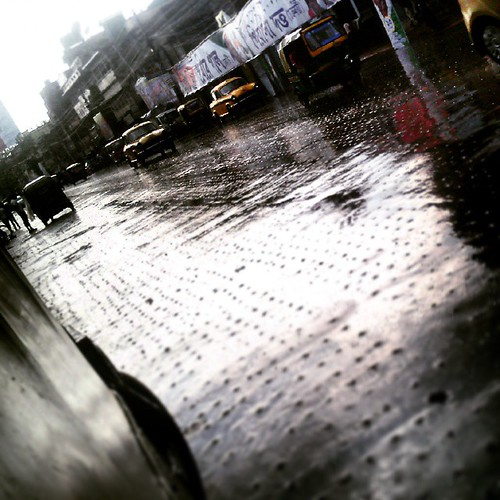 #kolkata #India #Calcutta #street #streetPhotography #random #click #rain #reflection #time #theEye #ParaSight