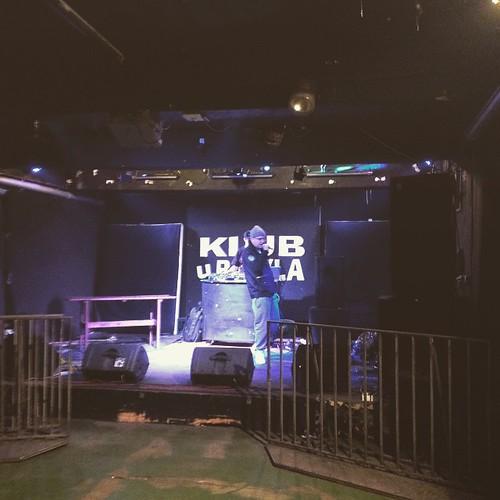 @piotrsiara na próbie w klubie U Bazyla. Będzie się działo. @bashesh_official @vazee_dj #kękę #djvazee #bashesh #koncert #Poznań #ubazyla #klububazyla #nowerzeczy #takierzeczy #poznanskirap #poznanskirapcom @prostolabel