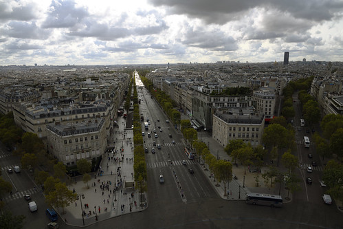 Champs-Elysees from the roof of Arc de Triomphe de l'Etoile   -  (Selected by GETTY IMAGES)