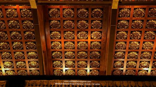 Golden Canopy of the Sri Dalada Maligawa | රන් වියන