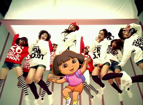 Dora singing with Girls' Generation [So Nyuh Shi Dae] 005