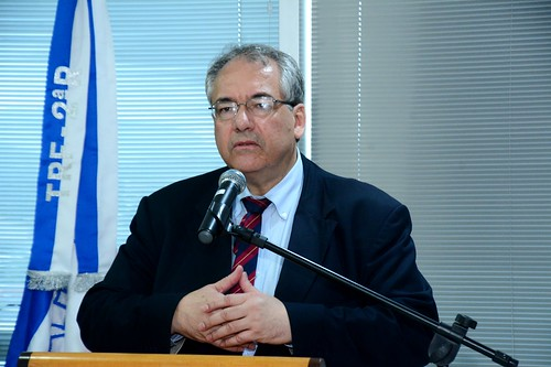 O Desembargador Federal André Fontes falou da satisfação de cumprir a promessa de trazer de volta à Itaboraí a Subseção Judiciária Federal, facilitando toda a população.