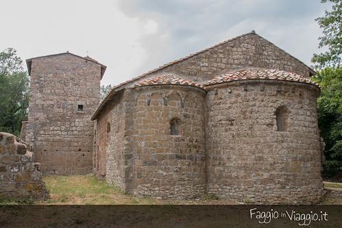 Chiesa romanica di San Giuliano, area absidale