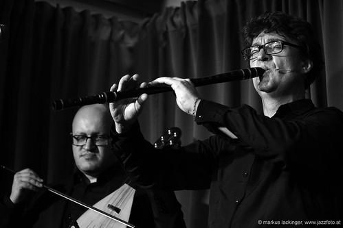 Peyo Peev: gadulka / Jacek Grekow: accordion, bagpipe, kaval