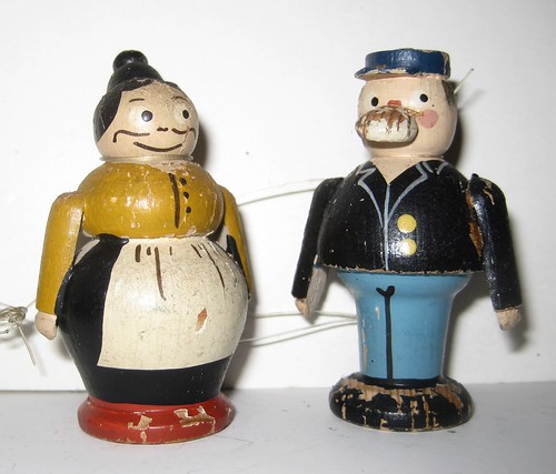 Katzenjammer Kids Newspaper Comics Vintage Wooden Figures 2416A