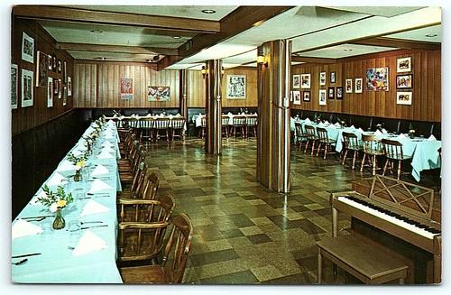 NJ Highland Park Jerry's Hideaway Sally's Steak House Interior B16