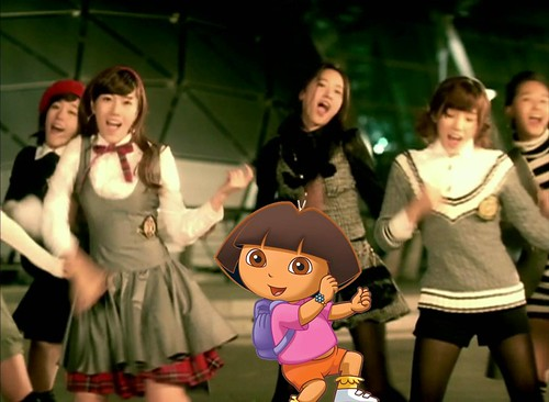 Dora singing with Girls' Generation [So Nyuh Shi Dae] 003