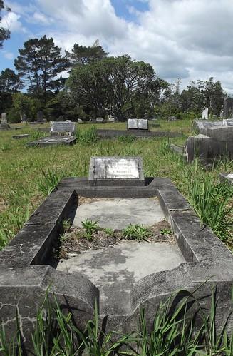 Presbyterian Division E, Row 9, Plot 52