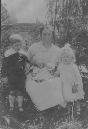 Jessie Bridge holding newborn Alec with Jack and Margie - 1916 - Fremantle, WA