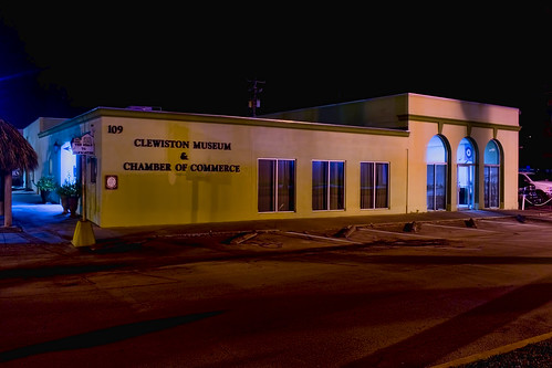 Clewiston Museum and Chamber of Commerce, 109 Central Avenue, Clewiston, Florida, USA / Curator: Butch Wilson / Building built: 1975 / Floors: 01