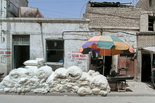 China - Kashgar - Streetlife - Sheep Wool - 237