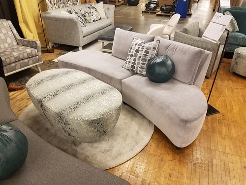 NEW Luna Sectional
