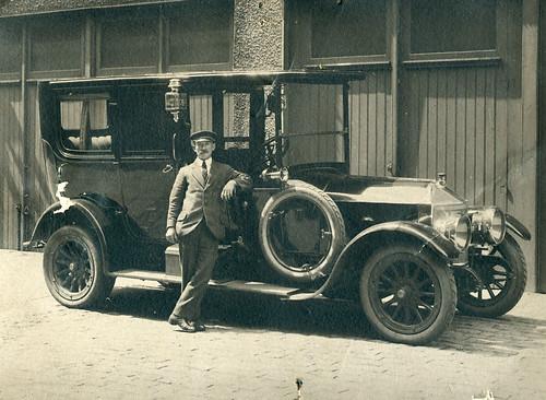 Auto's en olielampen | Automobiles and oil lamps