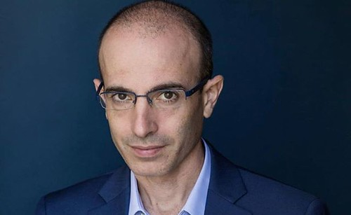 """Good article about @yuval_noah_harari . https://nyti.ms/2BCwNUA . """"I'm interested in how Silicon Valley can be so infatuated with Yuval, which they are — it's insane he's so popular, they're all inviting him to campus — yet what Yuval is saying undermines"""