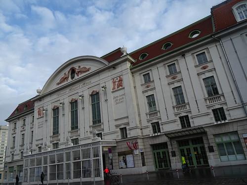 Wien, 3. Bezirk (the art of very historic places in the suburbs not far away from downtown Vienna) - Wiener Konzerthaus (casa dei concerti, casa de los conciertos, la maison des concerts, House of concerts), Lothringerstraße/Lisztstraße
