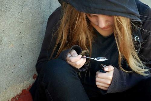 Подростки и наркотики: кто в группе риска