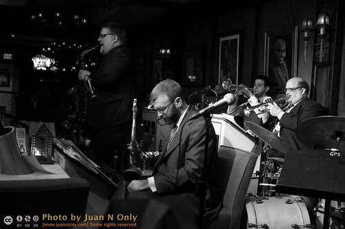 PD9 at Dirty Dog Jazz Cafe [02753GS]
