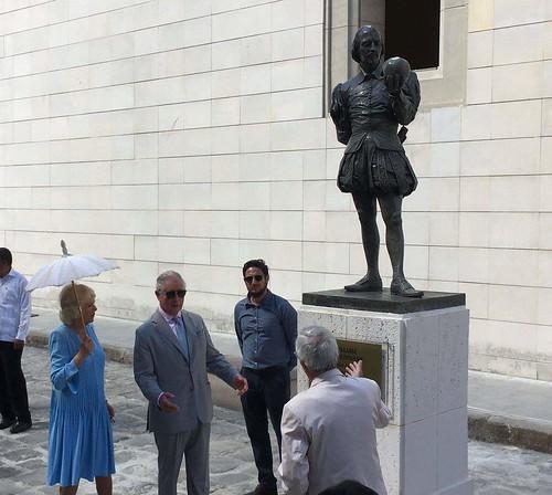 ESCULTURA DE WILLIAMS SHAKESPEARE EN LA HABANA. OBRA DE GABRIEL RAÚL CISNEROS BÁEZ.