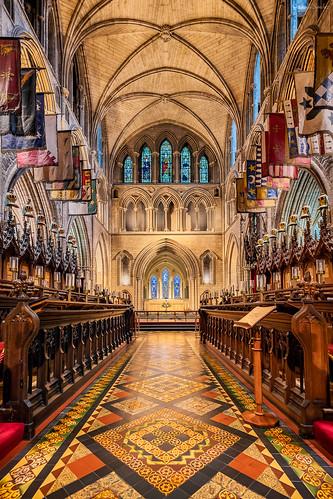 Knights over the Choir    Caballeros sobre el Coro (St Patrick´s Cathedral, Dublin. Ireland)