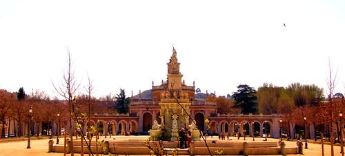 FUENTE DE LA MARIBLANCA E IGLESIA DE SAN ANTONIO ,PALACIO REAL DE ARANJUEZ, MADRID 8925 2-3-2019