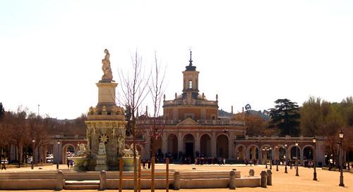 FUENTE DE LA MARIBLANCA E IGLESIA DE SAN ANTONIO ,PALACIO REAL DE ARANJUEZ, MADRID 8928 2-3-2019