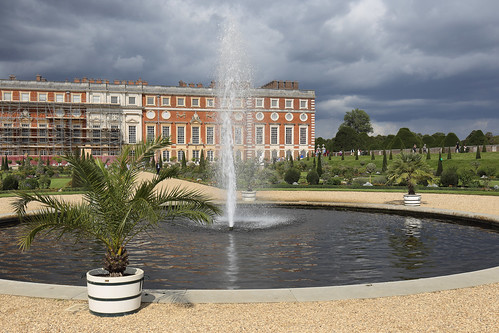 London - Hampton Court Palace