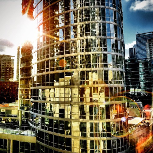 #Chicago #architecture #reflection #sun #wakeupcall