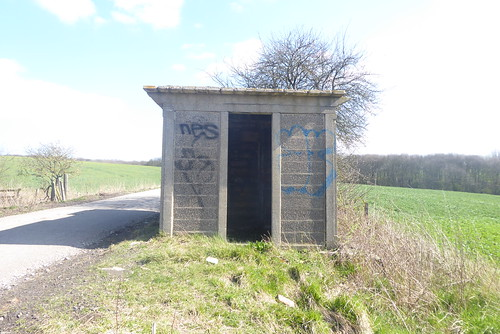 Concrete railway hut, Woodthorpe    (Former Staveley - Creswell line)   March 2019