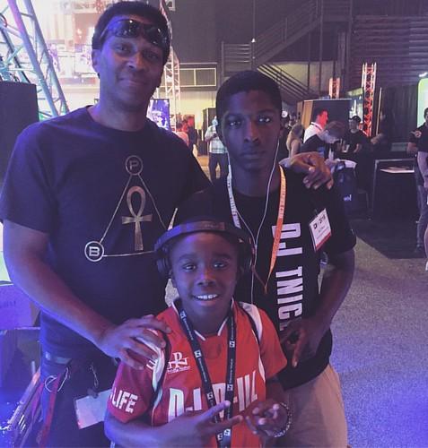 Dj D-ILL & Dj T-Nice met Keith Shocklee  @ Dj Expo 2016!! #djlife #djx16 #djexpo2016 #dgotnext #yourdaughtersfavoritedj #weworkinent