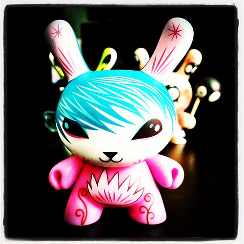 Sayanara #dunny by @smallandround for #dunny2012 @kidrobot. This one's a real cutie