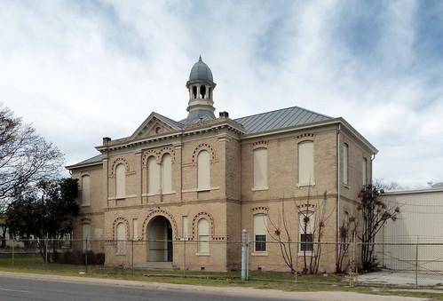 John J. Pershing Elementary School (former)
