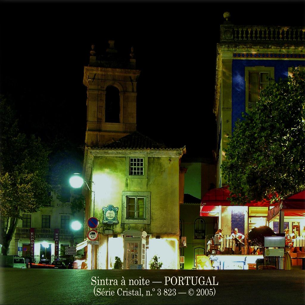 Sintra à noite — PORTUGAL — © 2005