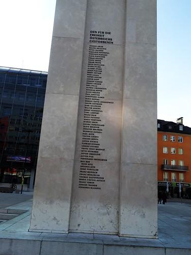 Innsbruck, Tyrol, state of Austria (the art of dealing with its past of Innsbruck), Eduard-Wallnöfer-Platz