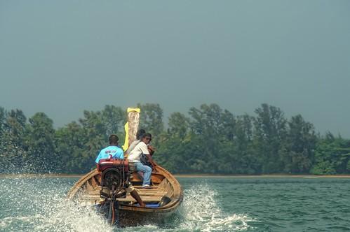 Longtail-boat  เรือหางยาว