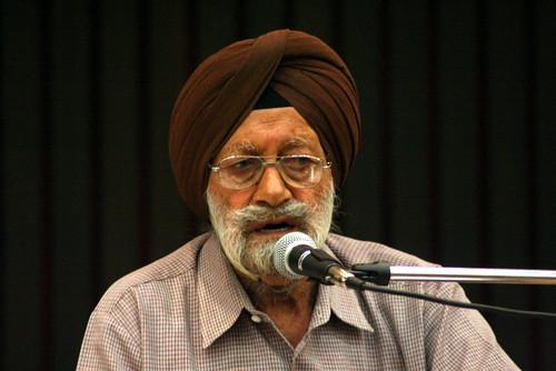 Bhupinder Singh Singing K.L.Sehgal's Songs